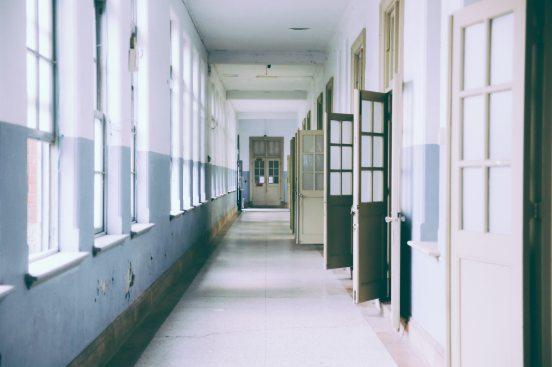 doors_instu