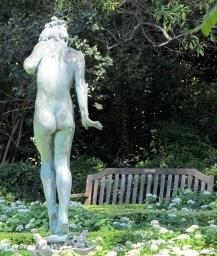 statue-417262_1280